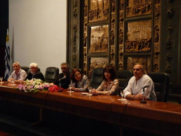 (de izq. a der.) Willan Masdeu, Ricardo Prato, Miguel Velázquez, Ana Olivera, Mariella Mazzotti y Jorge Buriani