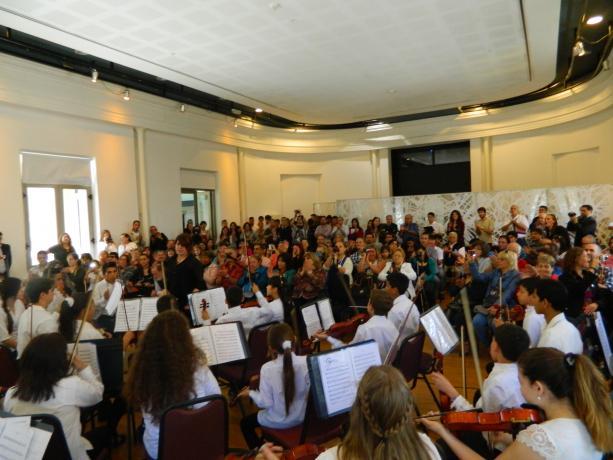 Convenio entre IM y Fundación Sistema Orquestas - Foto cortesía Municipio B