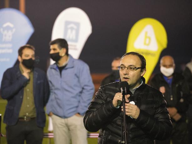 Inauguración cancha Alas Rojas. Foto: IM.