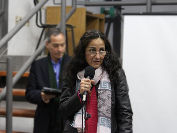 Inspectora de astronomía del CES, Reina Pintos
