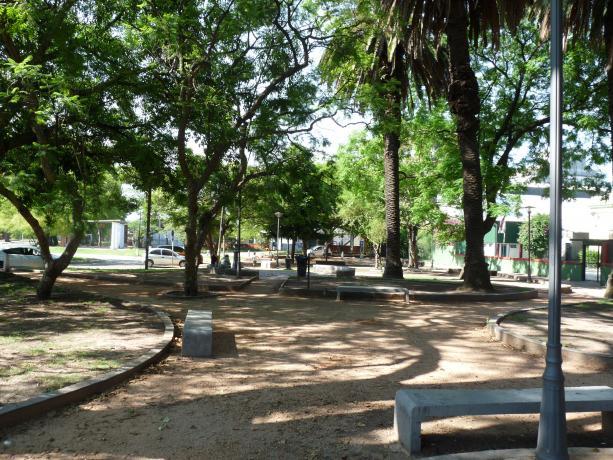 Propuesta: Juega y ejercita en Plaza Poveda.