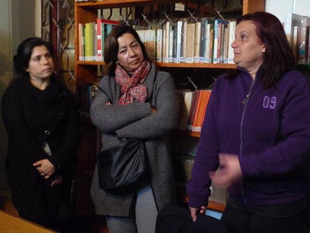 Victoria Rama, Coordinadora local de Jóvenes en Red; y las vecinas Susana Godoy y Geraldine Denis