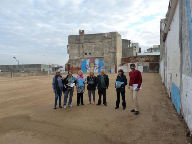 Equipo de la Unidad de Participación junto a integrantes de la Institución deportiva Guruyú Waston.