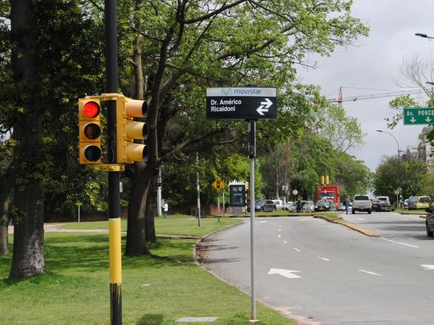 Semáforos en Ricaldoni y Soca