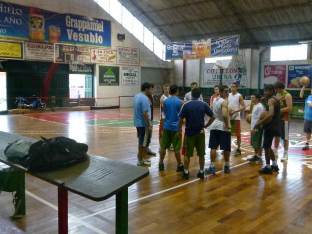 Verdirrojo Basketball Club