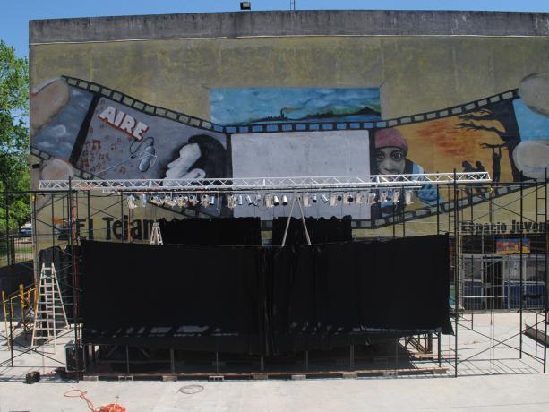 Anfiteatro barrial en predio del Mercado Victoria