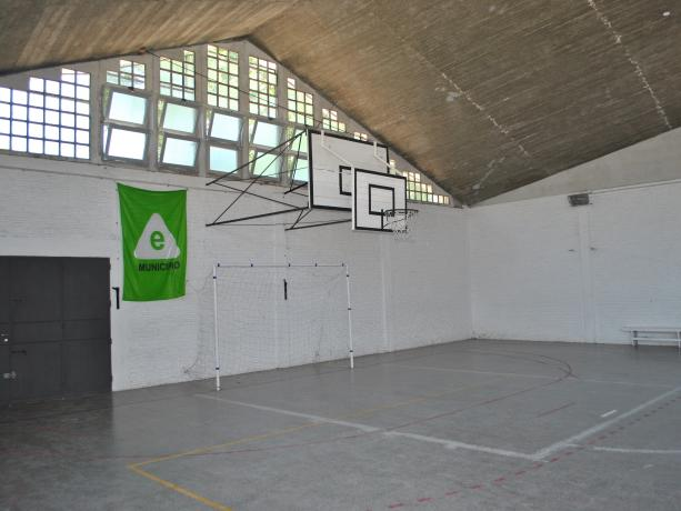 Gimnasio Escuela Japón