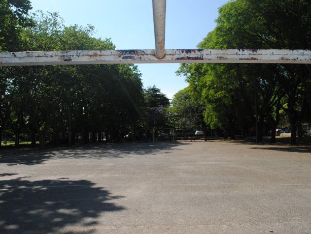 Acondicionamiento exterior de Plaza de Deportes Nº 5