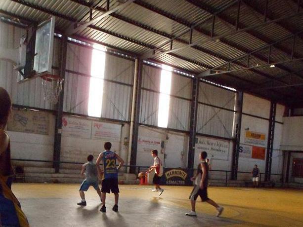 Contenedor Socio Deportivo Club Olivol Mundial
