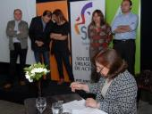 Firma de convenio entre el Sindicato Uruguayo de Actores (SUA) y la IM